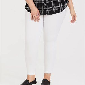 Torrid Leggings Premium Crop Length White 2 18/20